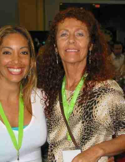 Anna & Karen smile for the camera in Puerto Rico